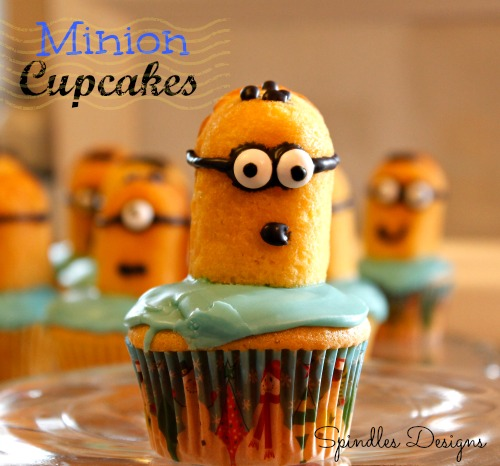 Minion Cupcakes - create your own army on minions ~ Spindles Designs #minioncupcakes