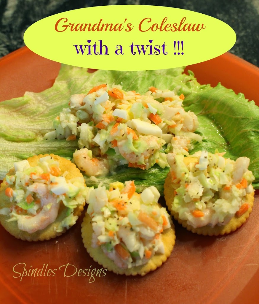coleslaw recipe with shrimp and boiled eggs, delicious