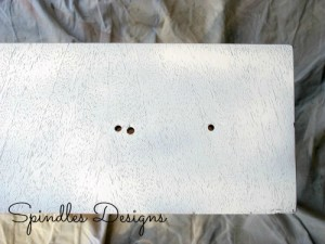 Painting old dresser for masterbedroom makeover. www.spindlesdesigns.com #masterbedroommakeover