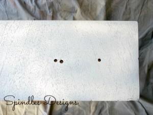 Painting old dresser for masterbedroom makeover. www.spindlesdesigns.com #masterbedroommakeover