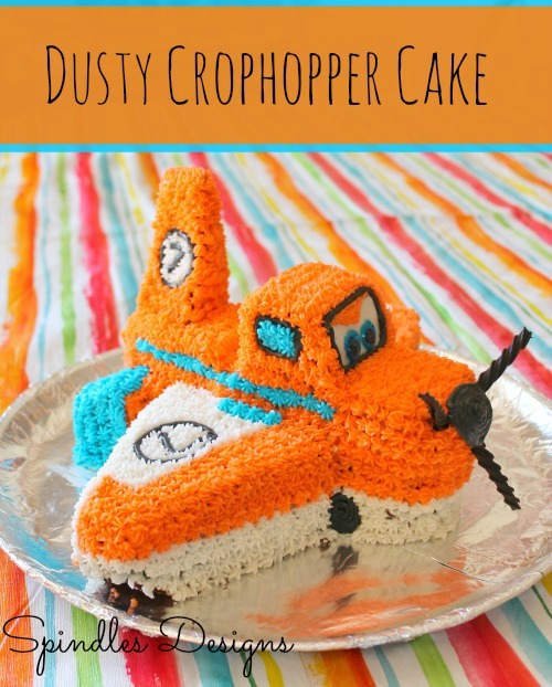 Dusty Crophopper Birthday Cake idea at www.spindlesdesigns.com #dustybirthdaycake #planesbirthdayparty