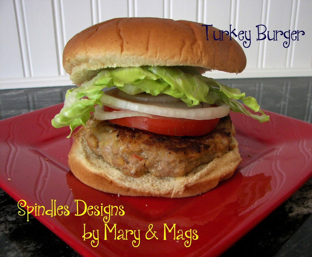 Turkey burger recipe at www.spindlesdesigns.com #turkeyburgerrecipe