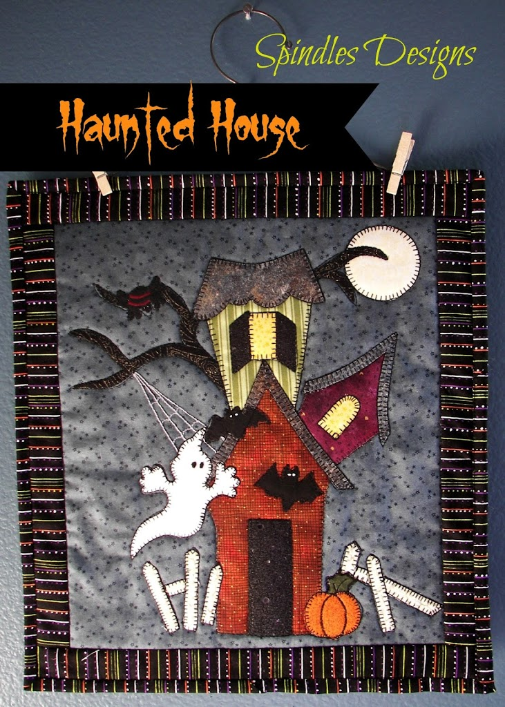 Haunted House Pattern at www.spindlesdesigns.com