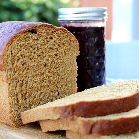 oatmeal molasses bread 550